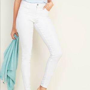 Old navy the sweetheart skinny white jeans 4
